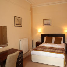 Standard double room (17)